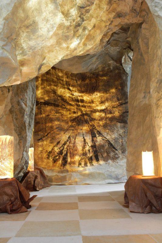 和紙のトンネル